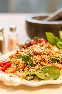 Quinoa with Salmon and Pesto Dressing